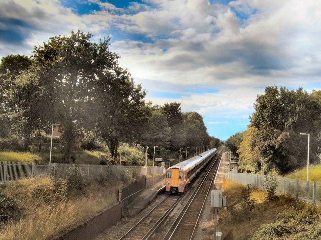 Train in Winnersh Station