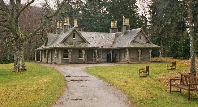 Garden Cottage Balmoral Estate 169 P L Chadwick Geograph