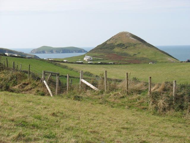Foel y Mwnt and Cardigan Island