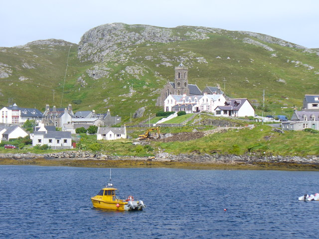 Castlebay from Leadaig