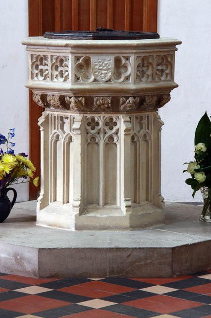 St Mary & St Margaret, Sprowston, Norwich - Font