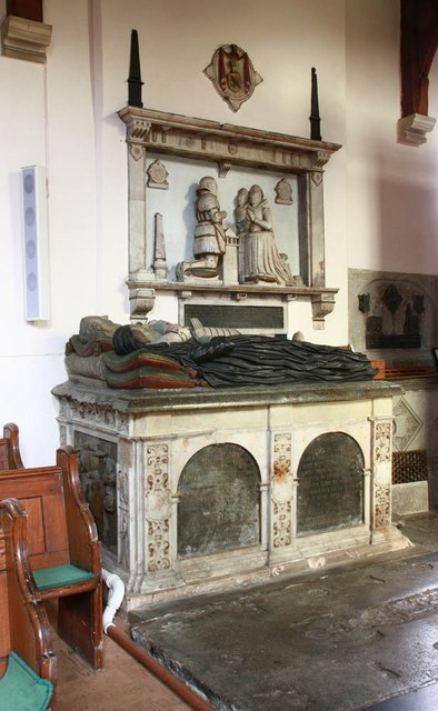 St Mary & St Margaret, Sprowston, Norwich - Tomb chest