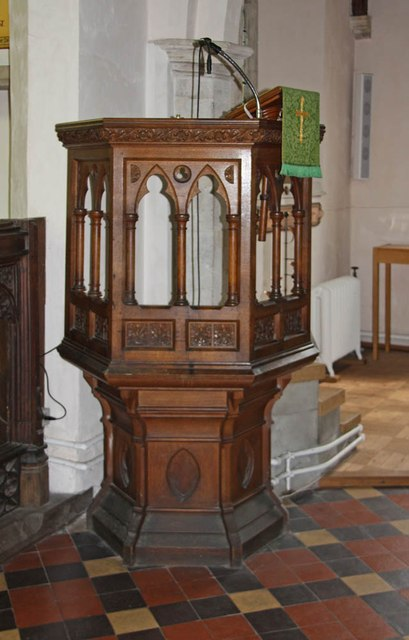 St Mary & St Margaret, Sprowston, Norwich - Pulpit