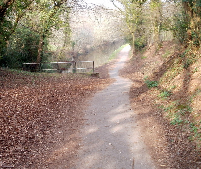Footpath approaches NE portal of Cwmbran canal tunnel