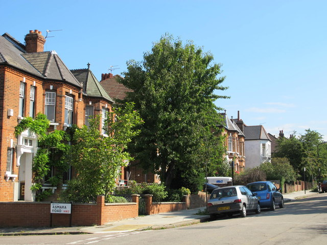 Minster Road, NW2 (3)