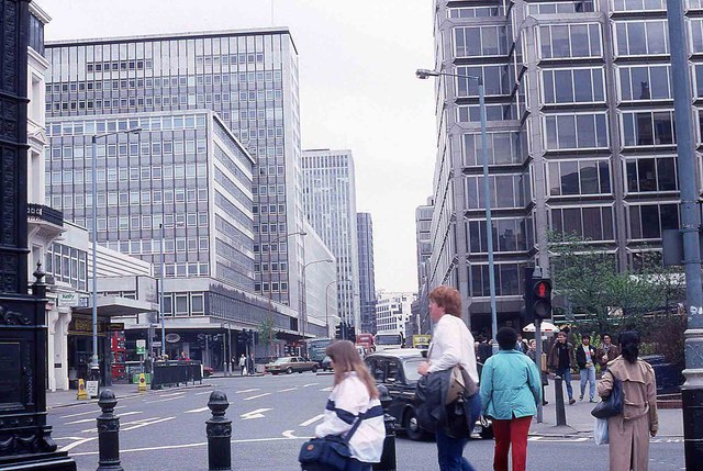 Victoria Street in 1988