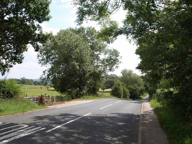 Newall Carr Road