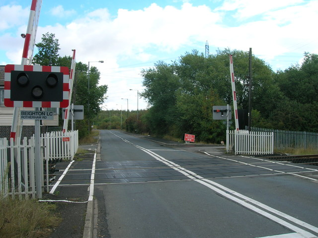 Rotherham Road level crossing