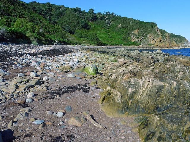Approaching the shore below St Bennets Well