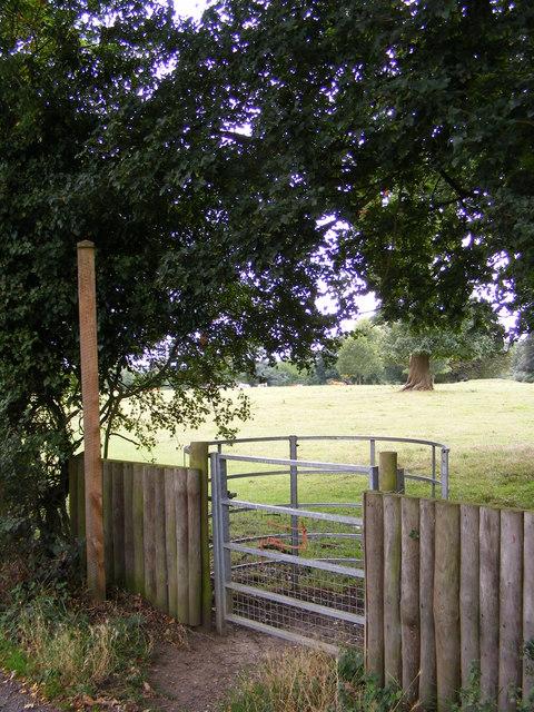 Footpath to Park Farm