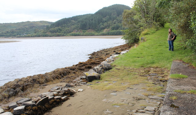Landing stage near Crinan swing-bridge
