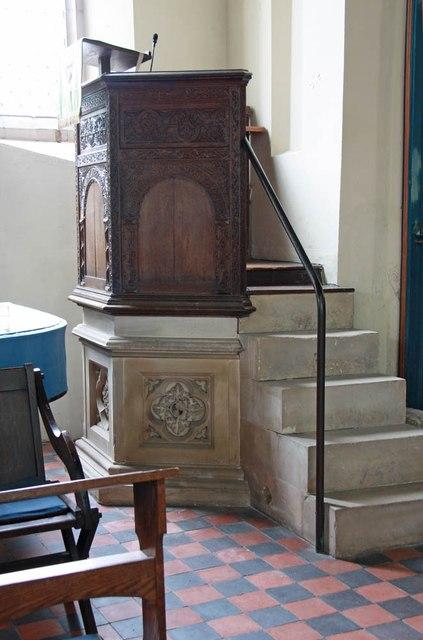 St Edmund, Costessey - Pulpit
