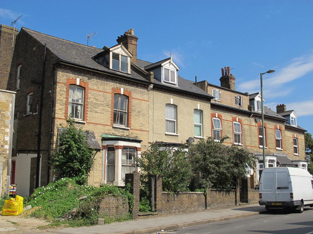 Cricklewood Lane, NW2