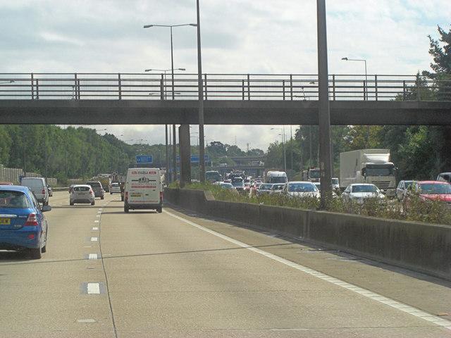 M25 footbridge at Clearmount