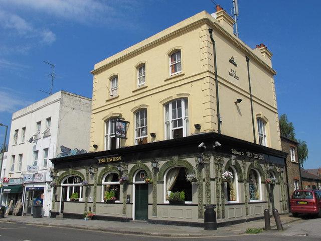 The Tavern, Cricklewood Lane, NW2