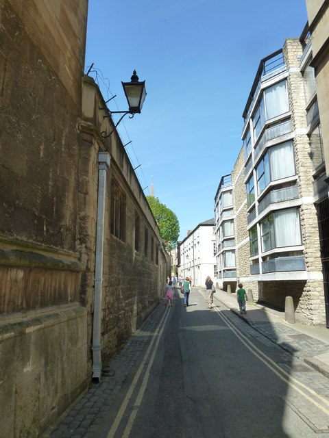 Pedestrians in Magpie Lane