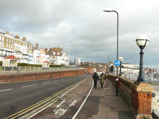 Pavement-sharing, Royal Parade, Ramsgate
