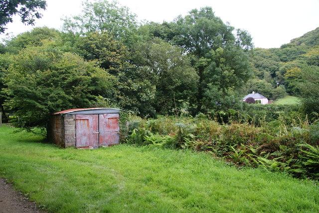 Roadside shed near Dan Coed