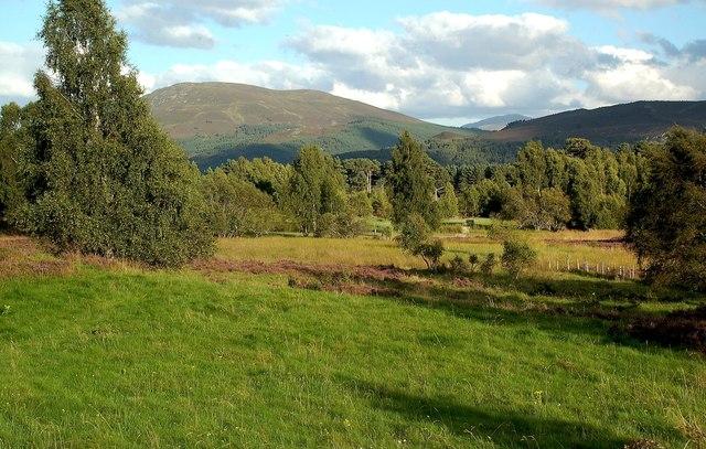 Towards Loch nan Carriagean
