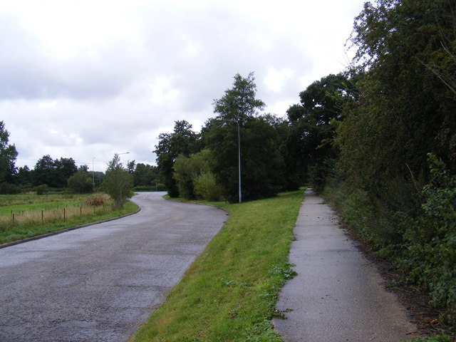 Blyth Road & the footpath to the A144 Bramfield Road