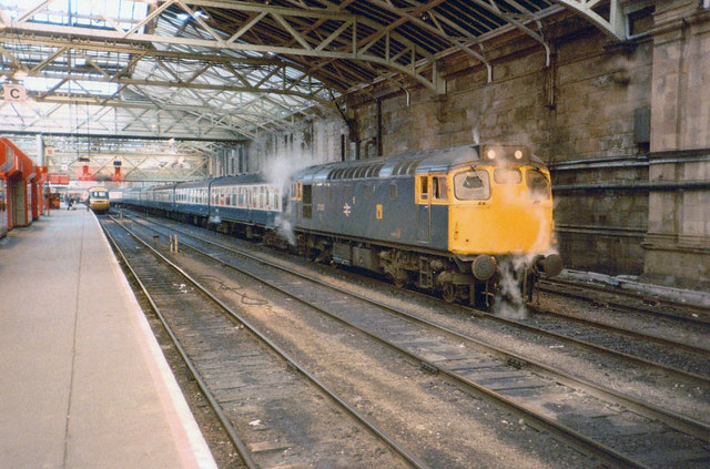 Steaming Class 27 at Waverley Station, 1985