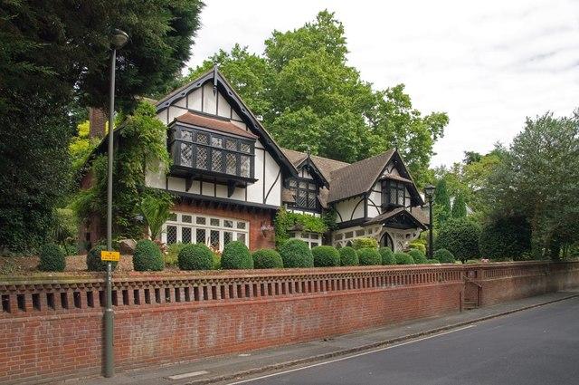 Hatton Cottage, Lubbock Road
