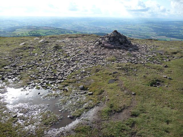 Summit cairn on Twmpa