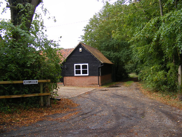 Footpath to Boulge Park & Entrance to Red Lodge