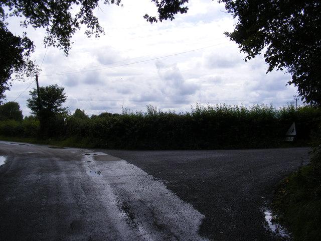 Road junction in Boulge Road