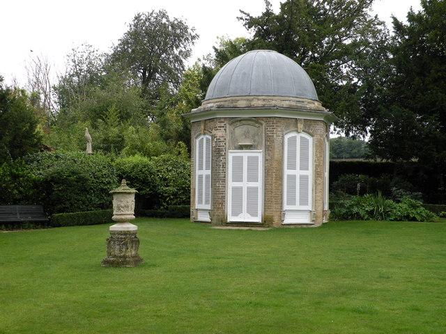 Summerhouse, Bridge End Gardens