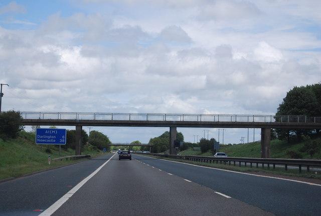 Footbridge over the A1(M) near Barton
