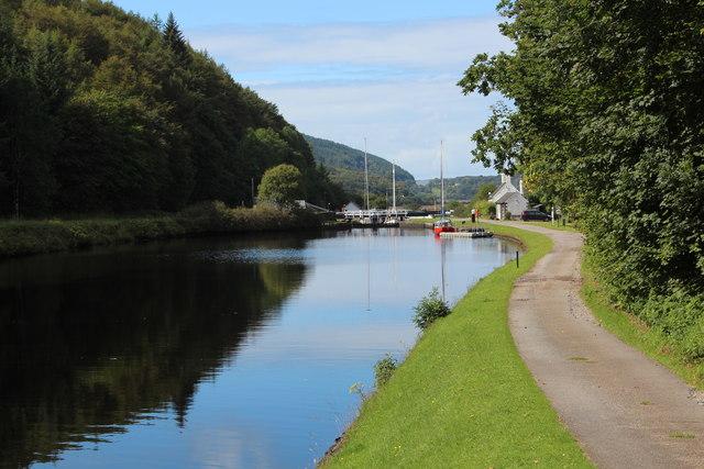 Basin between locks, Crinan Canal