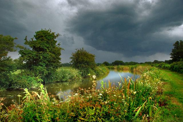 Lancaster Canal - a storm