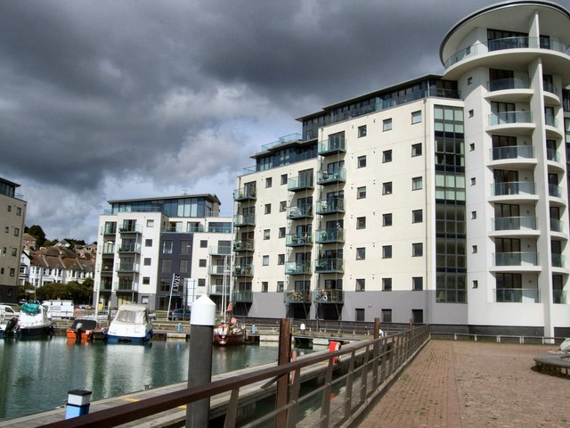 Flats by Newhaven Marina