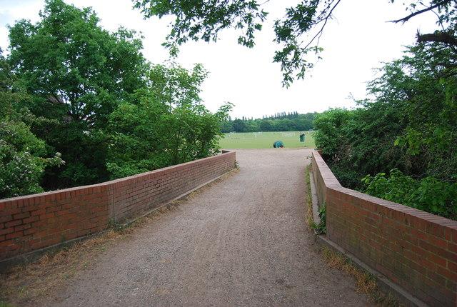 Capital Ring crosses Beverley Brook
