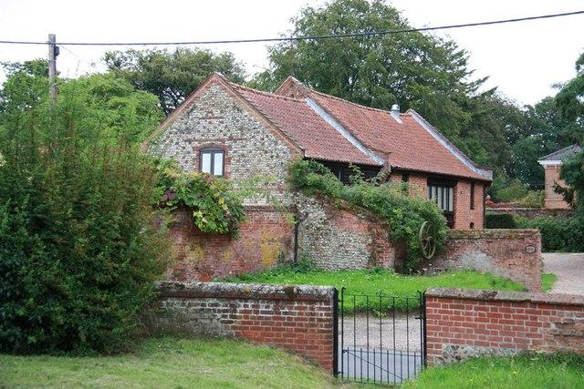 St Mary, Sparham - Churchyard gate