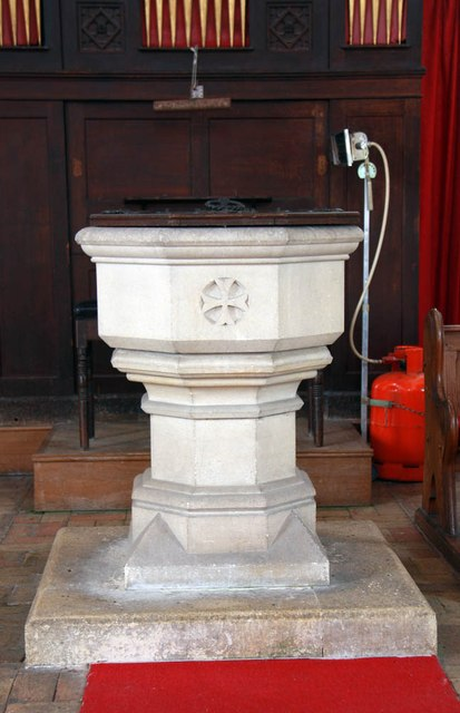 St Mary, Sparham - Font