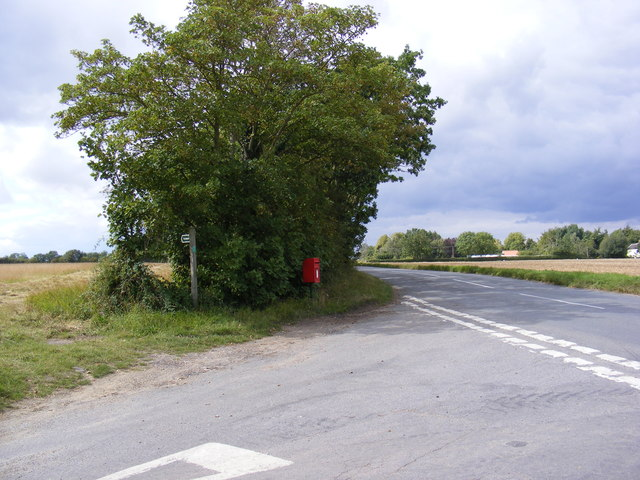 B1117 Laxfield Road & Barley Green Postbox