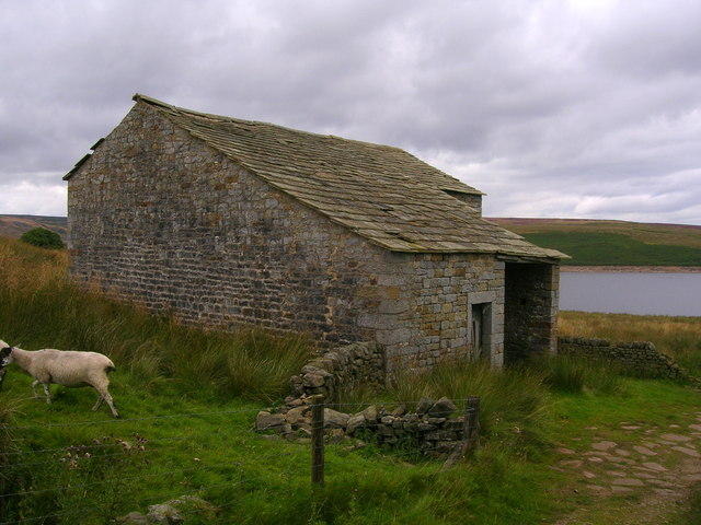 Barn west of Grimwith reservoir