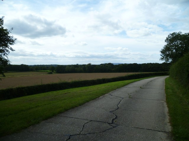 Field view from Holdhurst Farm road