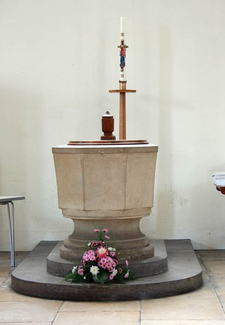 All Saints, Hockerill - Font