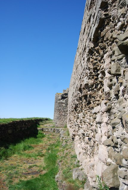 Dunstanburgh Castle - ruined wall