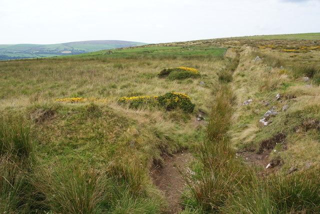 Drainage ditch near Bedd Morris