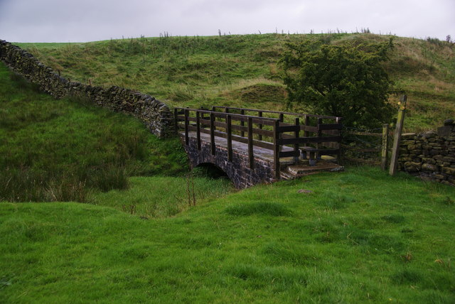 Footbridge over Shawhead Beck