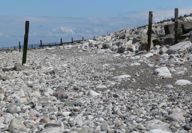 View east along Llanddulas beach