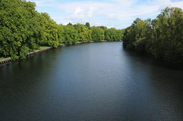 River Thames from Albert Bridge