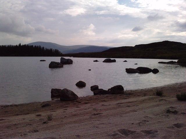 Granite boulders at Loch Ballochling