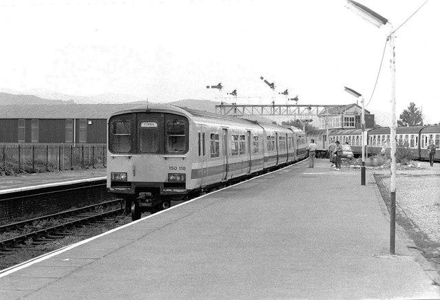 'Sprinter' Train at Llandudno, 1989