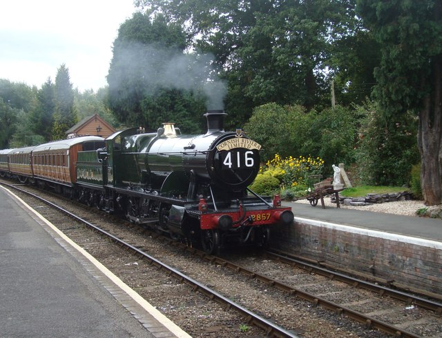 2-8-0 Locomotive at Hampton Loade
