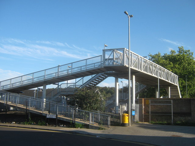Footbridge near Belvedere Railway Station